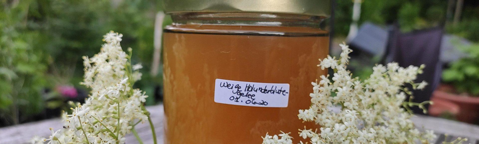 Holunderblüten-Apfelsaft-Gelee selbst herstellen